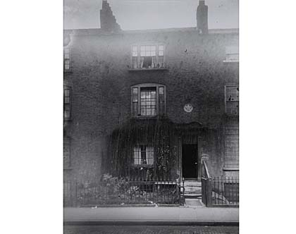 Hercules_Buildings-_Lambeth-Oct_1913.jpg